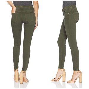 7forAllMankind Skinny Highwaisted Sandwashed Jeans